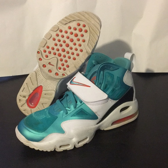 sneakers for cheap 32bfe 05693 M 5a6a2aed5521befed7f78bb0